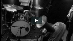 Breaking it up – alternative live video. Filmed by: Christian Haag