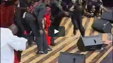 Christian Videos Lifehouse Everything Skit HIgherPraiseTubecom - Praise and Worship Videos